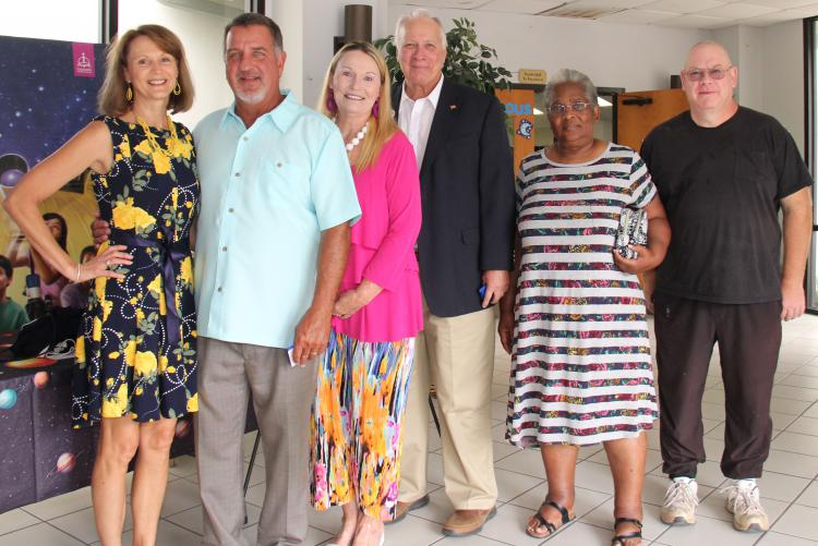 District Celebrates 92 Retiring Employees at Annual Banquet