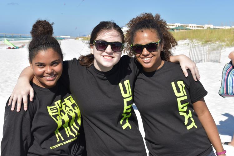 SWAT Programs Participate in Beach Clean Up Day