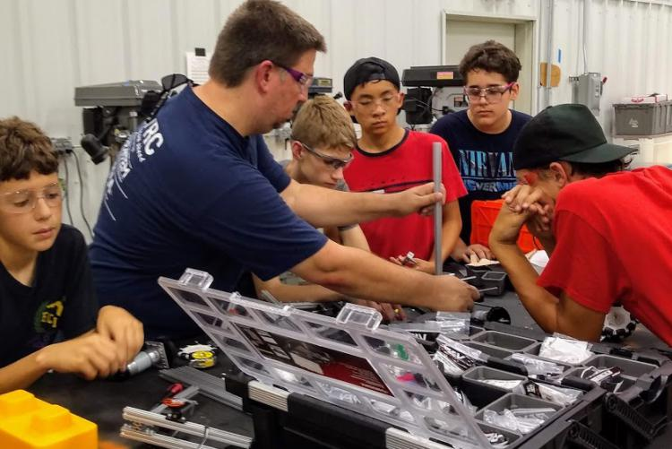 Niceville Robotics Team Hosts Inaugural Build Day